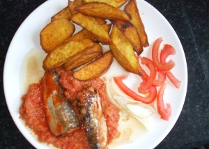 fried sweet potato with hot pepper and sardines