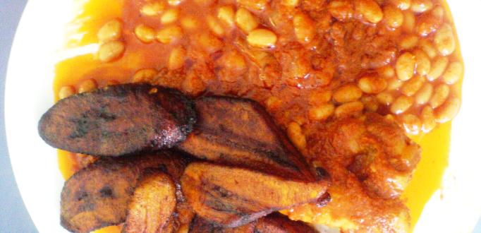 fried ripe plantain with beans stew