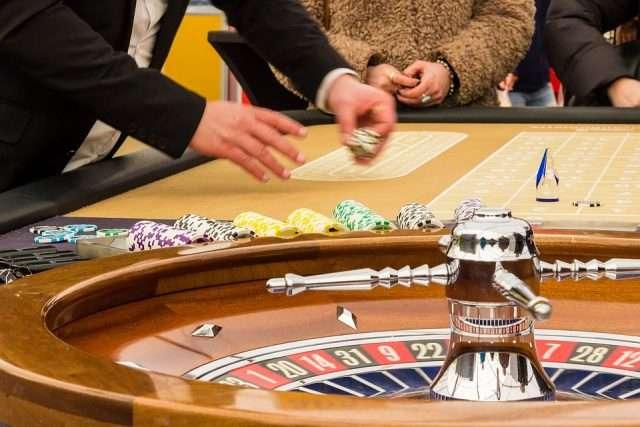 Gambling Game Bank Game Casino Profit Roulette