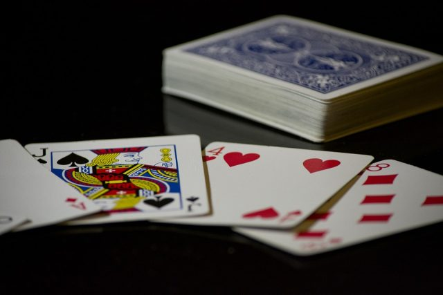 cards-619016_960_720[1]