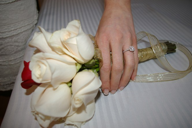 ring-and-bouquet