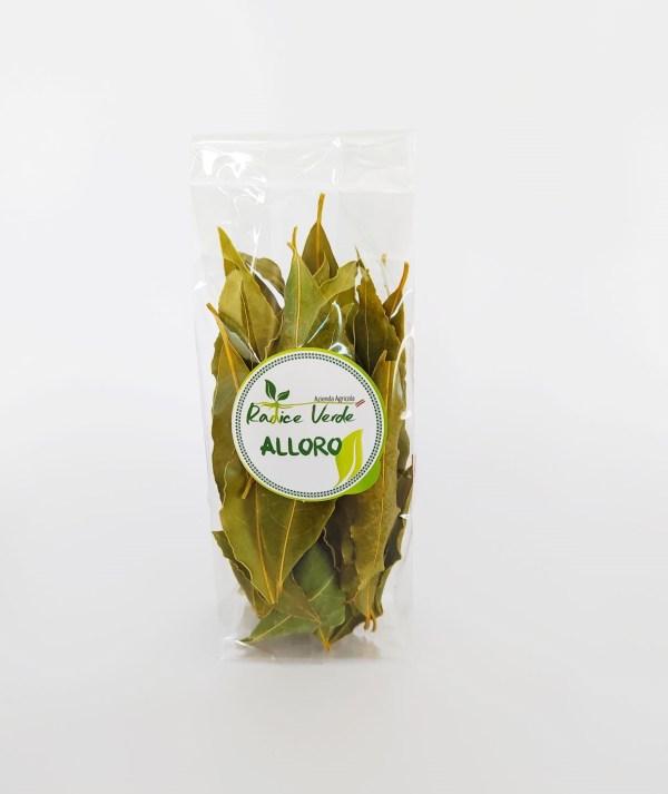 foglie di alloro selvatico essiccato