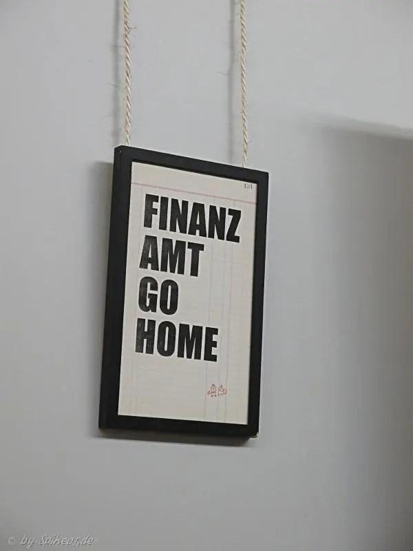 finanzamt_go_home