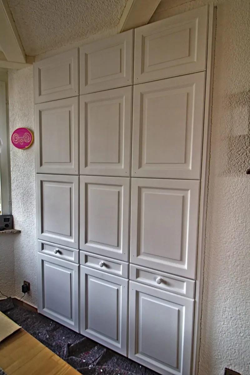 Türen Einbauschrank fertig gesprüht