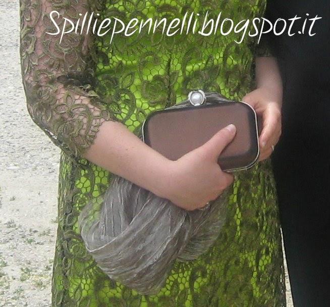 Un abito in pizzo per un matrimonio a maggio