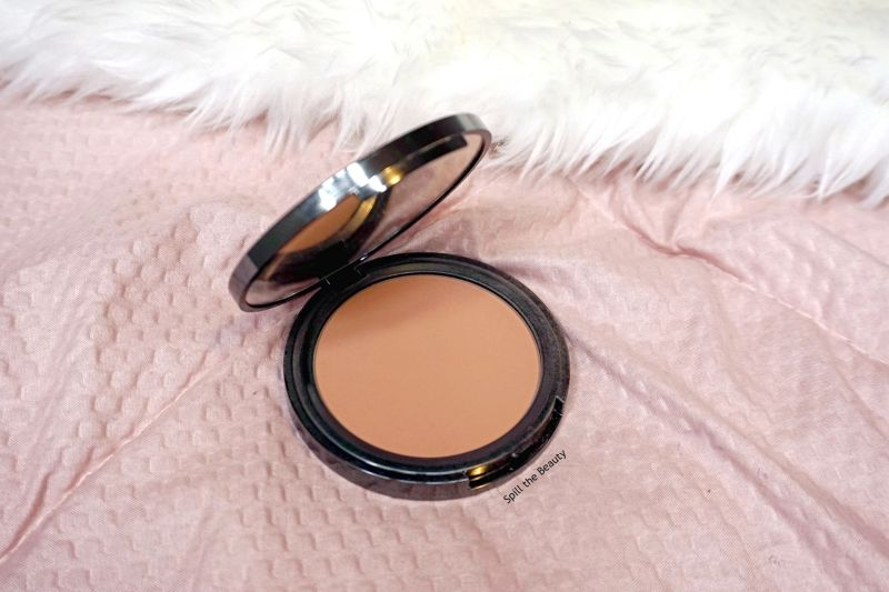 Quo Matte Bronzer in Light Tan