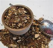 wiccan-woman-herbal-tea