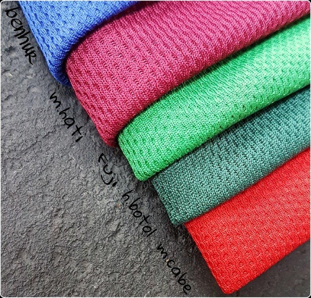 Keunggulan Kaos Bahan Dryfti Atau Polyester