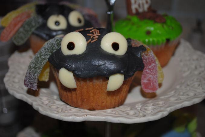 Fangtastic Halloween Spider Cupcakes