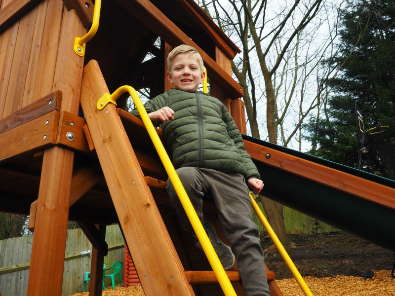 Installing our new climbing frame with Rainbow Play - The Spirited ...