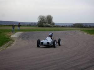 La CC21 sur le circuit de Pouilly