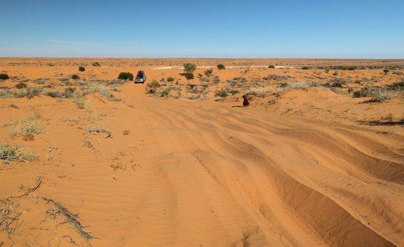 Simpson-desert-hill-climb