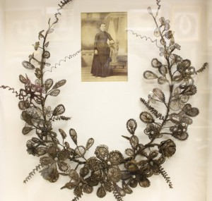 Hair wreath from Leila's Hair Museum in Independence (photo by Bob Sessions)