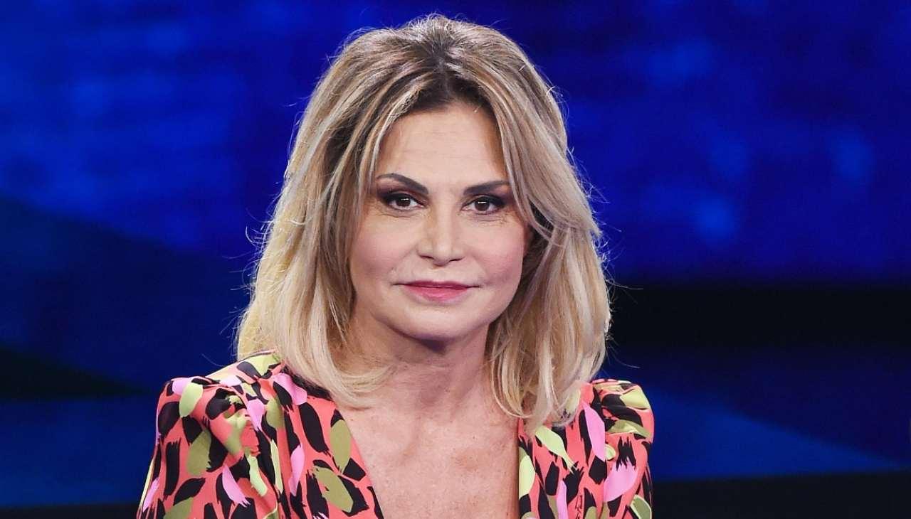 Simona Ventura positiva al covid: salta la partecipazione a Sanremo 2021