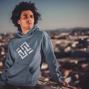 Hoodies & Sweatshirts