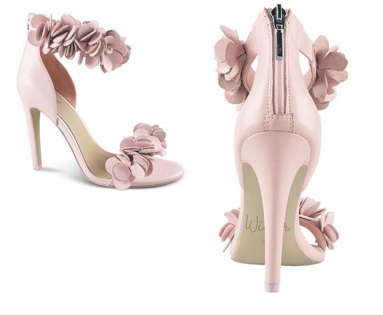 scarpe e fiori