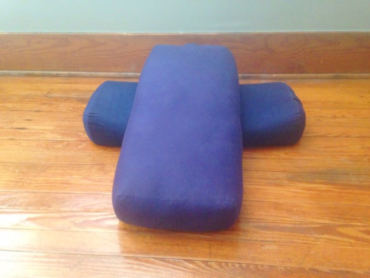 Prenatal Yoga bolster support | How to get comfy in restorative prenatal yoga poses | SpoiledYogi.com