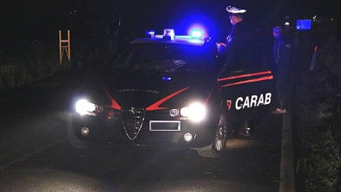 Spari in piazza Garibaldi a Spoleto, carabinieri cercano auto