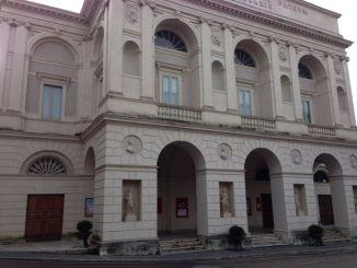 Spoleto, teatro aperto per gli sfollati del terremoto