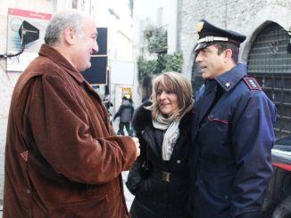 Don Matteo 10 a Spoleto, il saluto di Cardarelli alla troupe Il Sindaco ha incontrato Nino Frassica e Simone Montedoro