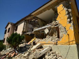 Terremoto, da Spoleto dieci tonnellate di beni e materiali per le popolazioni