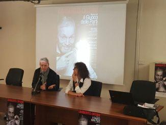 Stagione di prosa, successo per il primo degli incontri di mediazione teatrale con Umberto Orsini