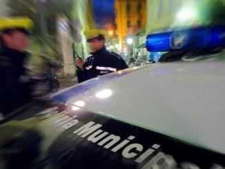 Atti vandalici nella notte in centro storico, indagini tramite telecamere