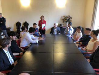 Sindaco De Augustinis saluta i ragazzi del Servizio Civile