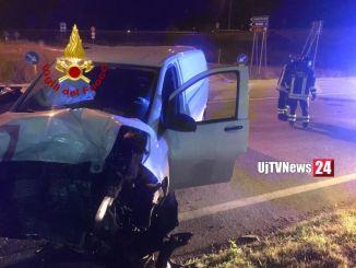 Quattro feriti in ospedale,incidente stradale a Spoleto in via Pertini