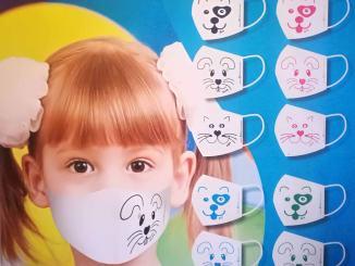 Cento mascherine per cento bambini ricoverati in pediatria