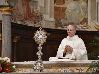 I pettegolezzi non ci fanno amare noi e gli altri, Boccardo al Corpus Domini
