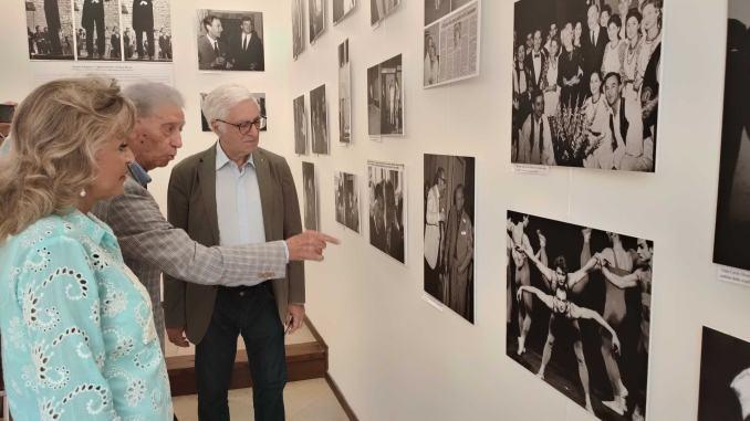 Enrico Valentini ricorda Gian Carlo Menotti, mostra fotografica in via del Mercato