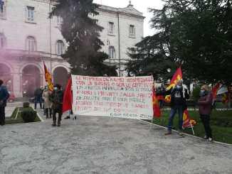 Sanità, scuola e trasporti pubblici, protesta in piazza a Perugia
