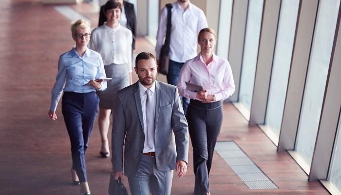 Zakaz działalności konkurencyjnej członka zarządu w spółce z ograniczoną odpowiedzialnością.