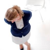 Spontane Fotografie vrouw met stoel