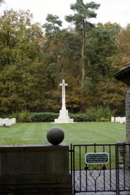 Waldfriedhof Lauheide - Mahnmal Kriegsopfer