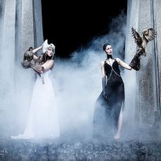 Models: Dimdi, Karin Brunner, MuA: Philipp Keusen | (c) Lumina Obscura