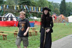 Gothic Friday Simagljubka - Ein Ziel für die elegante Normalitaet im Weggehen (1)