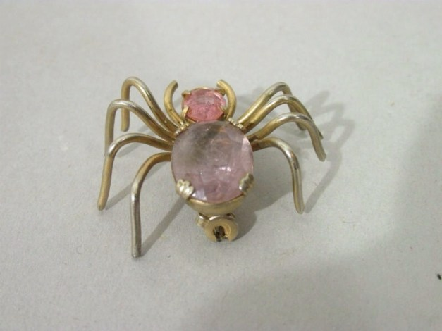 Pink quartz crystal pin