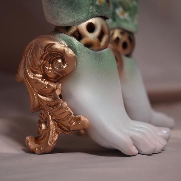 Faberge Feet