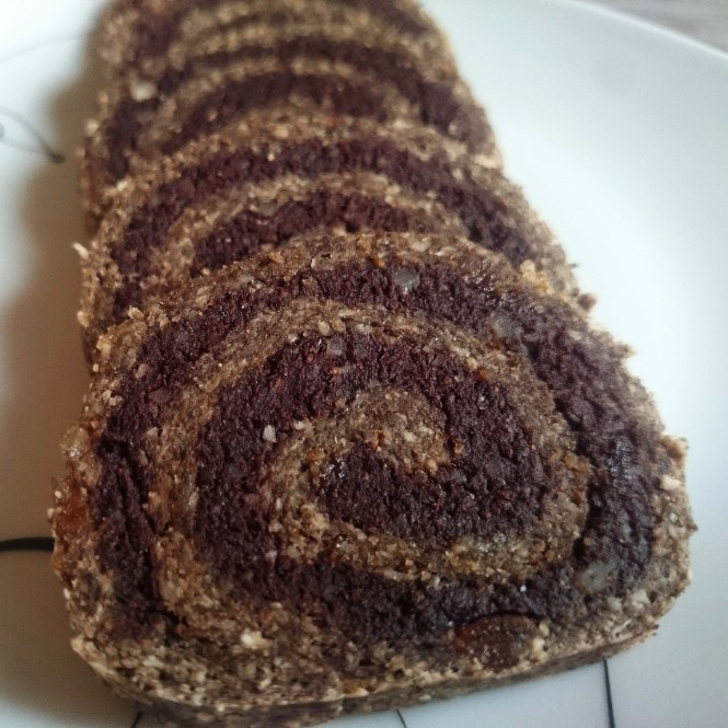 Raw Walnut Roll