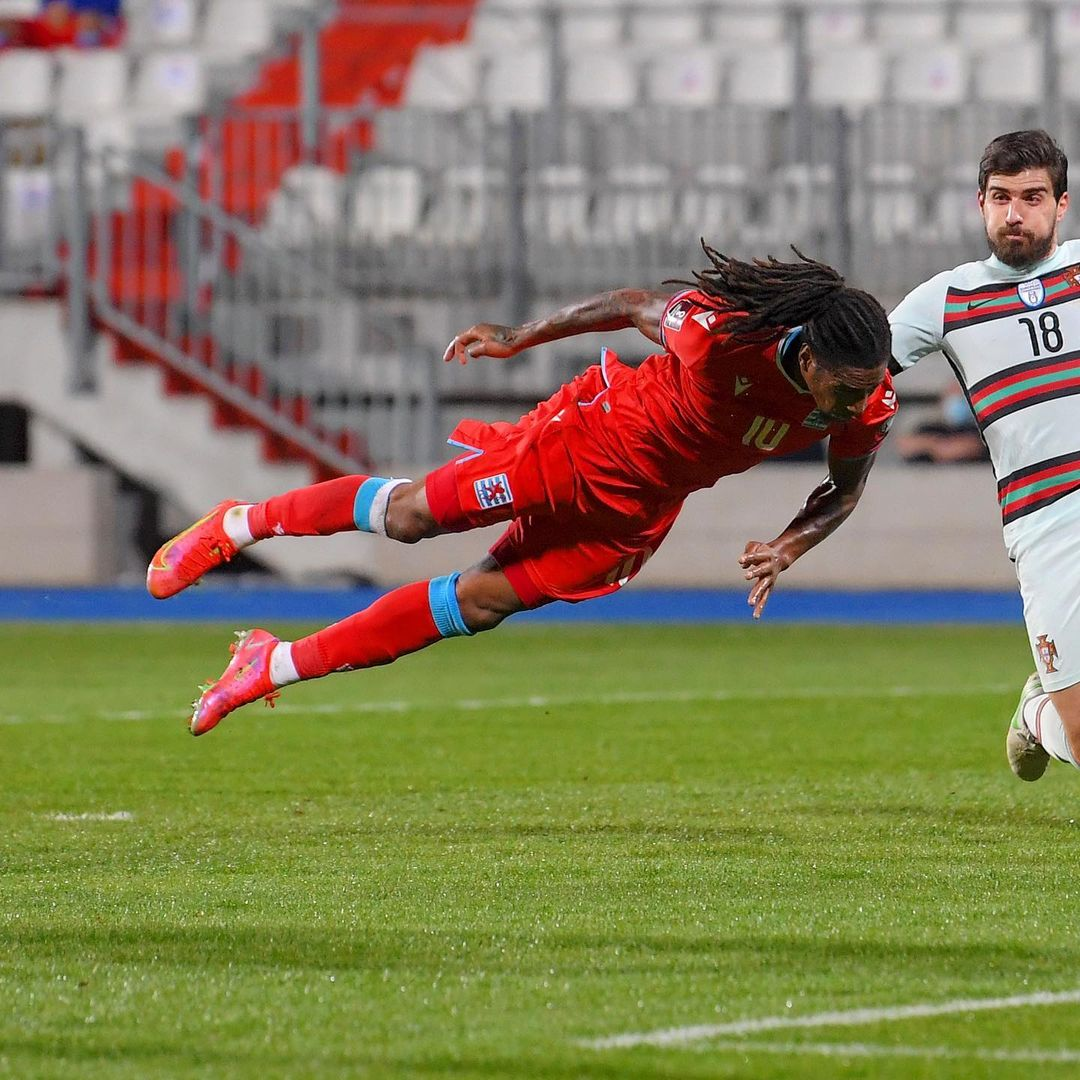 When Luxembourg took the lead against Portugal!    2 in 2 for Gerson Rodrigues ...