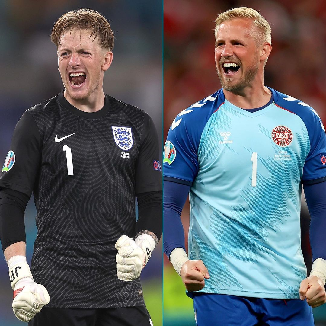 Pickford vs Schmeichel  Who would you rather have between the sticks tonight?   ...