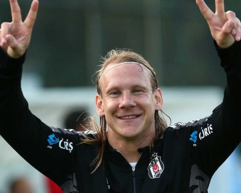 Domagoj Vida set for the   Who do you want to play in the group stage,  fans?...