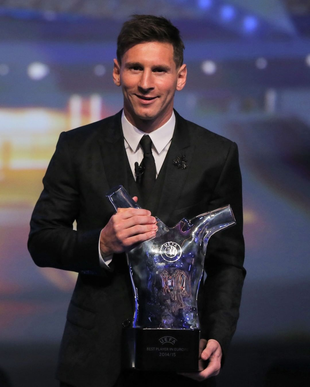 Messi honoured at the   What will he win in 2021/22?  ...