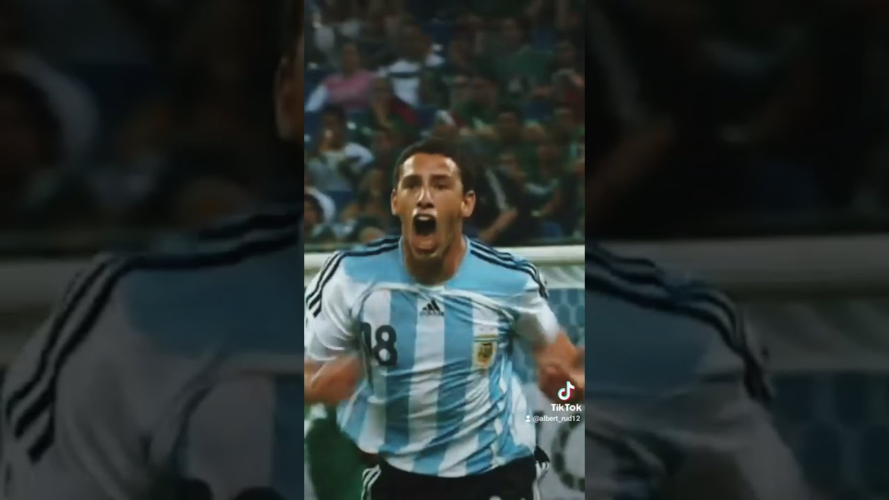 Unforgettable goal of World Cup 2006 by Maxi Rodriquez