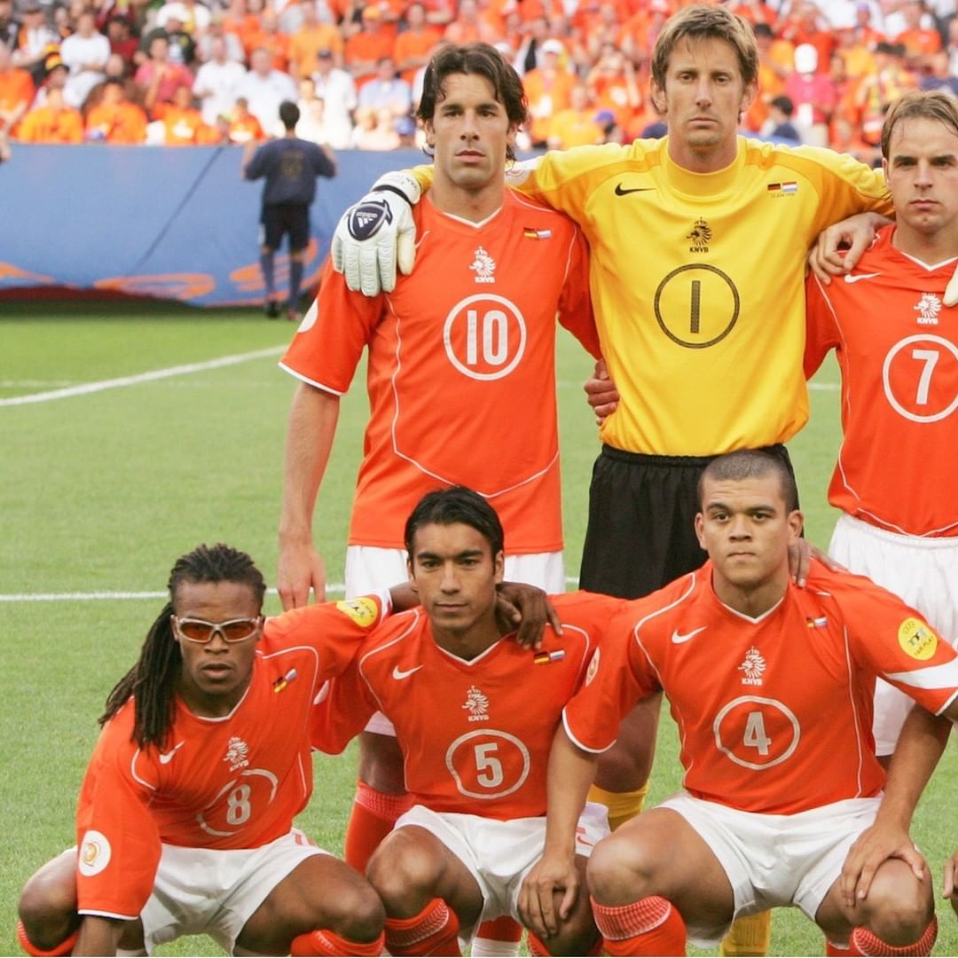 How many players can you name from this Netherlands XI?   ...