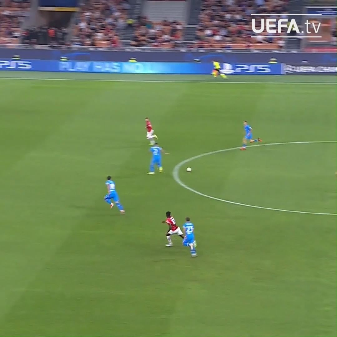 BIG save from Jan Oblak  Which keeper is strongest one-on-one?  ...