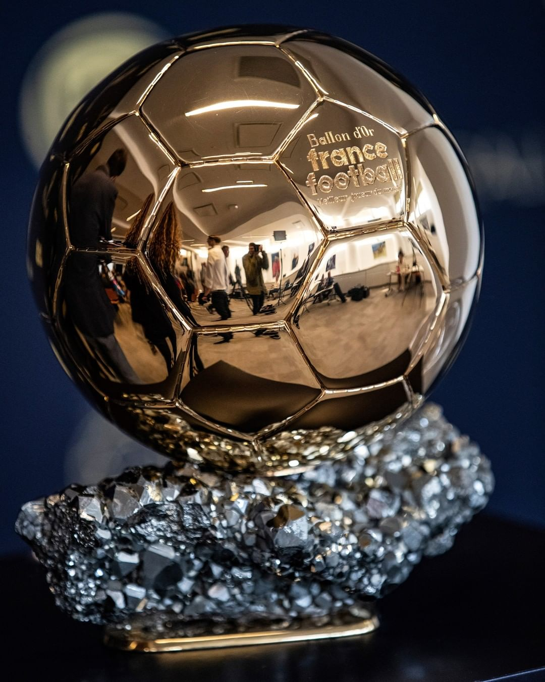 _______ will win the Ballon d'Or in 2021!   ...
