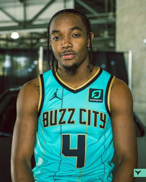 & the  unveil their new City edition uniform! ...